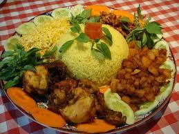 cara membuat nasi kuning, resep nasi kuning, nasi kuning komplit enak