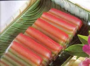 Cara Membuat Kue Lapis Tepung Sagu Enak dan Kenyal CaraBiasa.com