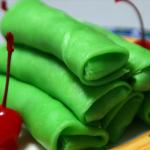 Cara Membuat Kue Dadar Gulung Isi Kelapa Spesial