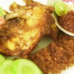 Cara Membuat Ayam Goreng Serundeng Gurih