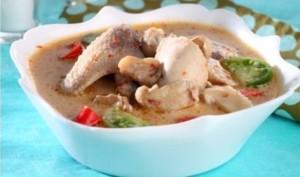 Resep Membuat Sup Ayam Santan Spesial