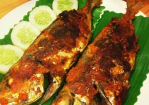 Cara Membuat Ikan Selar Bakar