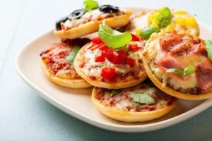 cara-membuat-pizza-mini-lezat-dan-mudah