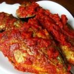 Cara Membuat Ikan Kembung Cabe Merah Pedas